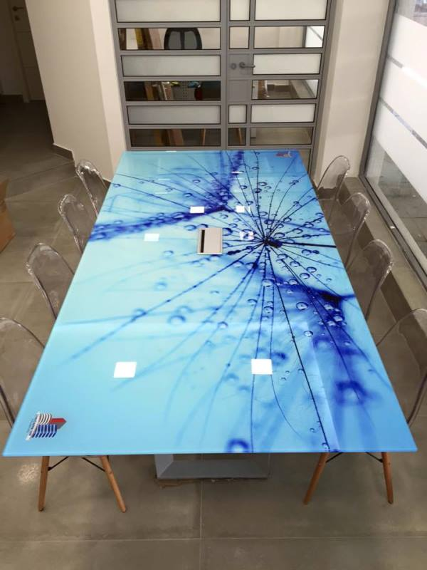 הדפסה על זכוכית שולחן זכוכית לחדר ישיבות לחברת מבני שלהב