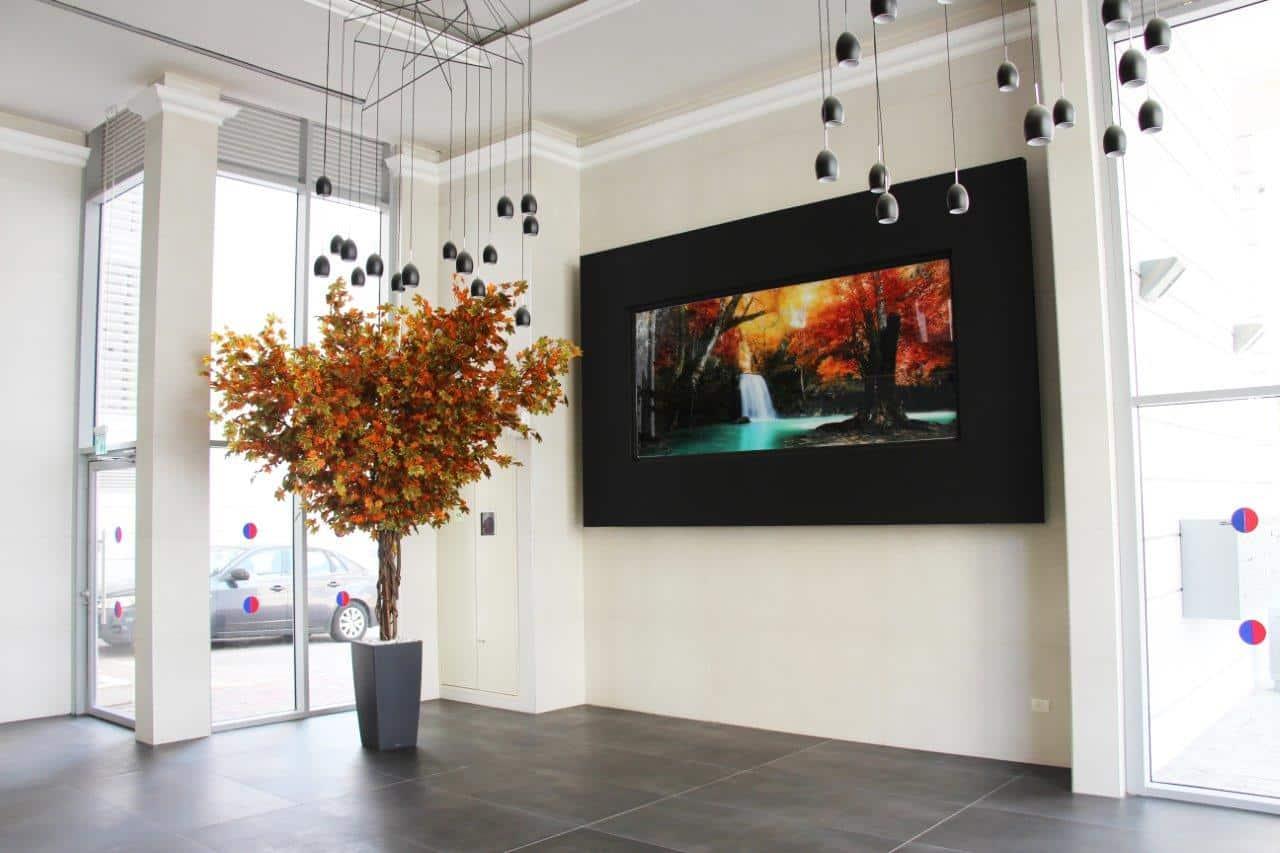 תמונות אווירה בהדפסת זכוכית לובי בניין