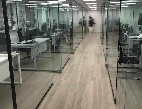 עיצוב משרדים במאה ה-21 | פתרונות זכוכית למשרד